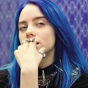 Billie Eilish piano