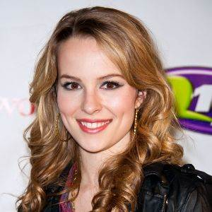 Bridgit Mendler piano