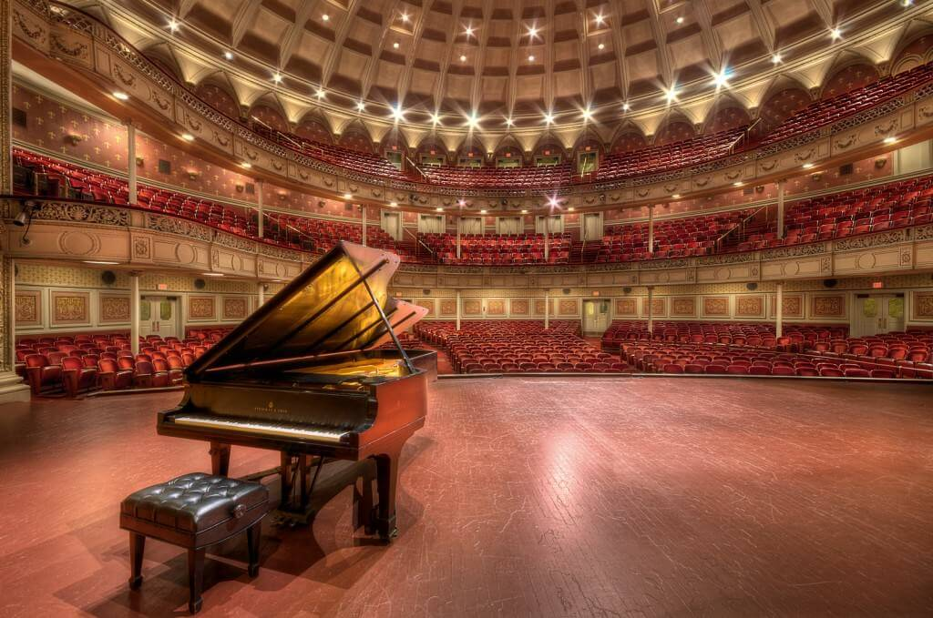 How do I learn piano online without an instructor? Empty Spaces? Silent Halls?