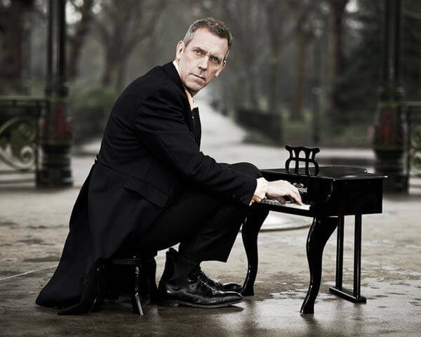 funny-Hugh-Laurie-small-piano